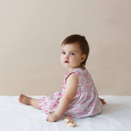 Coton blanc effet toile de jouy rose bonbon